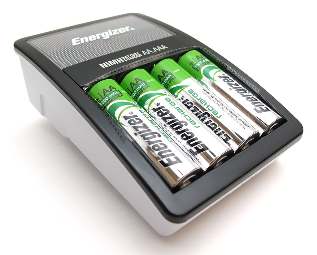 energizer recharge value aa aaa nimh battery charger. Black Bedroom Furniture Sets. Home Design Ideas