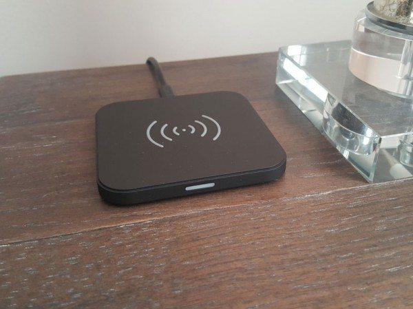 choetech-wireless-charger-1
