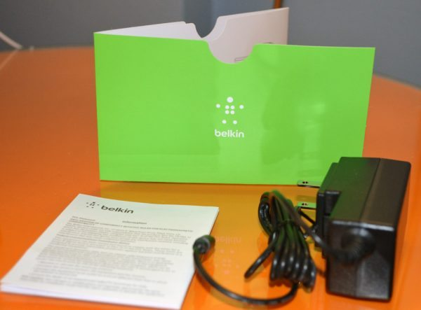 belkin-charge-dock-iphone-and-watch-5