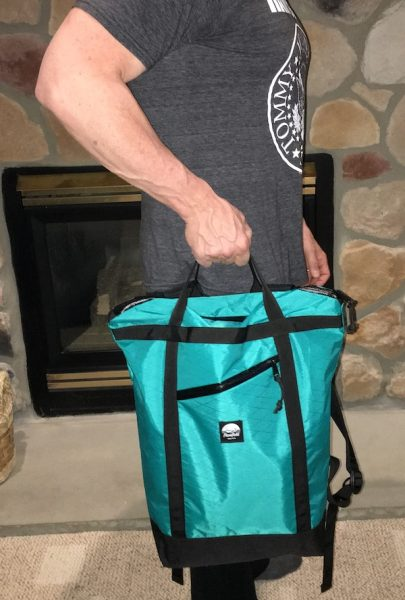 There s another application that I really like for the Flowfold Denizen  as  an extra travel bag. Because it s so thin and light, it packs easily in a  ... 36467b2dd1