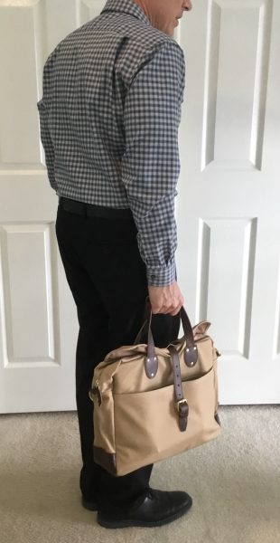 I Only Have A Of Nitpicks With The Lakeland Laptop Bag While Love Softness Materials Cotton Lining Looks Like It Will Pick Up
