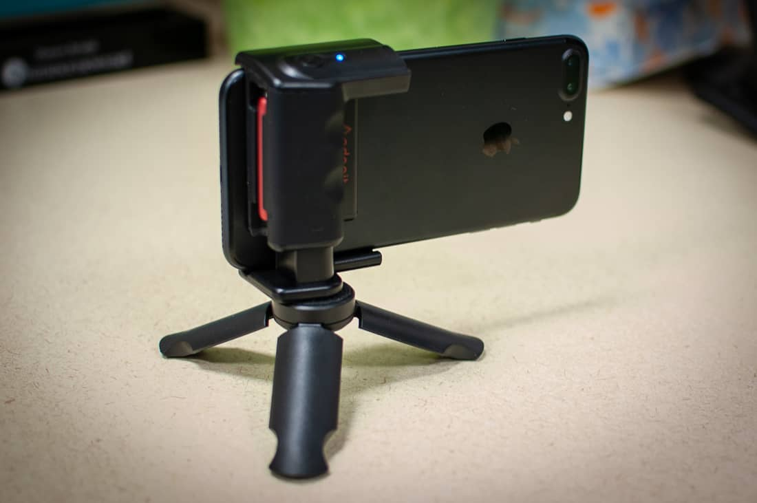 - Adonit PhotoGrip 005 - Adonit PhotoGrip Smartphone Camera Grip review – The Gadgeteer