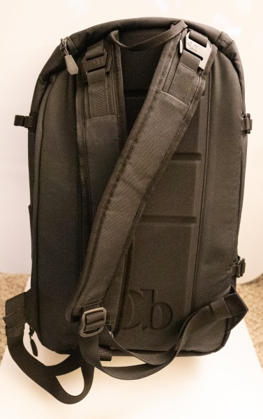 8e6288ed31ca On one side of the backpack