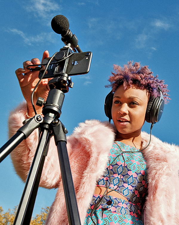 Take videography to the next level with the Shure MV88+ video kit